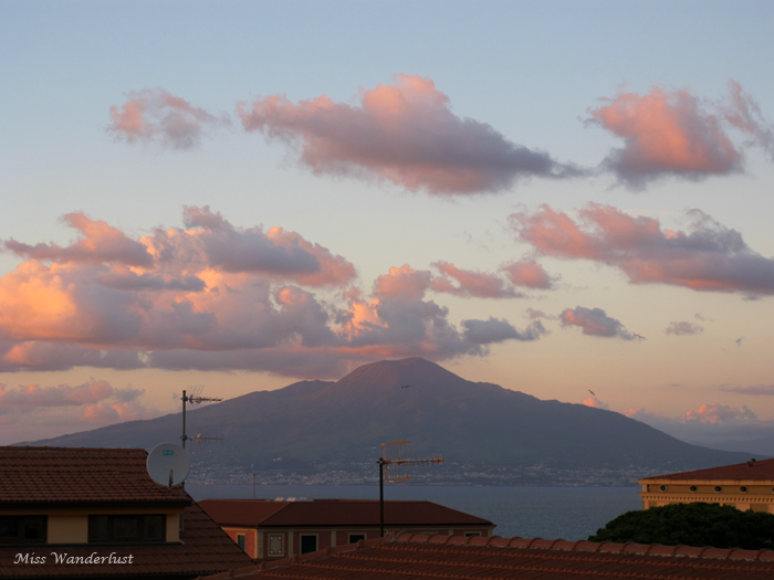 sorrento-mount-vesuvius