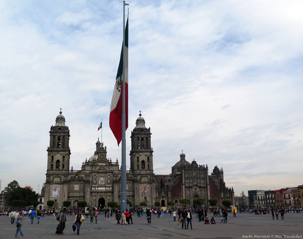 Mexico City's main square and National Palace